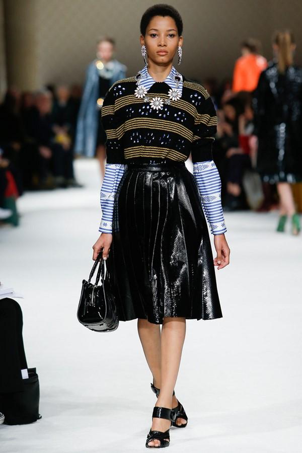 Кожаные юбки осень-зима 2015-2016: Miu Miu