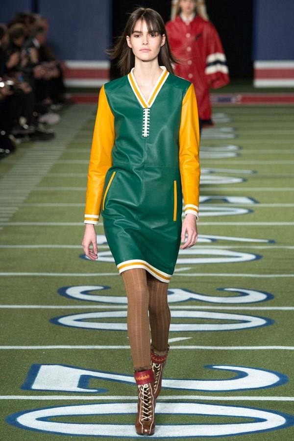 Кожаные платья осень-зима 2015-2016: Tommy Hilfiger