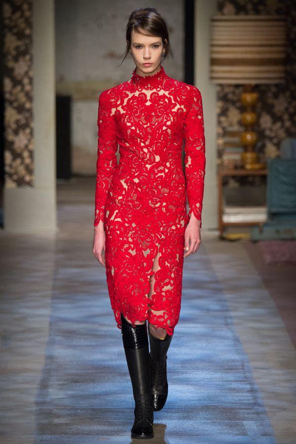 Кружевные платья осень-зима 2015-2016 Erdem