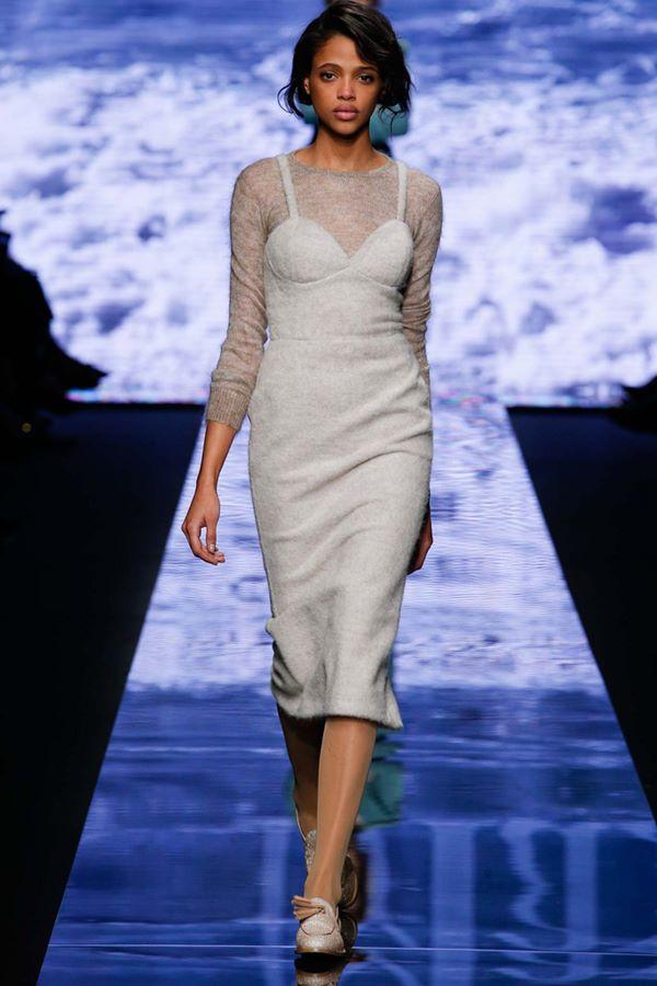 Облегающие платья осень-зима 2015-2016 Max Mara