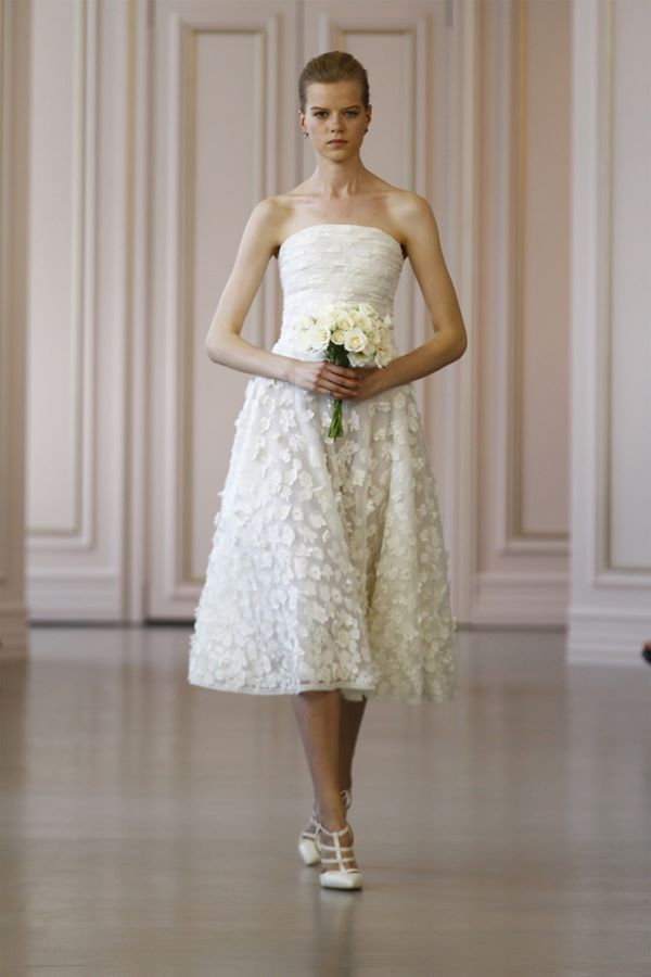 Свадебные платья с вышивкой и аппликациями 2015-2016 Oscar de la Renta