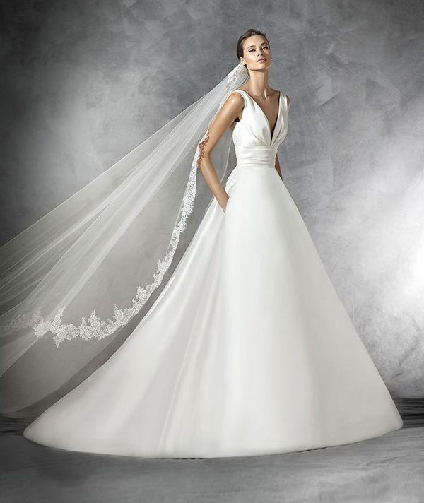 Свадебные платья А-силуэта 2015-2016  Pronovias