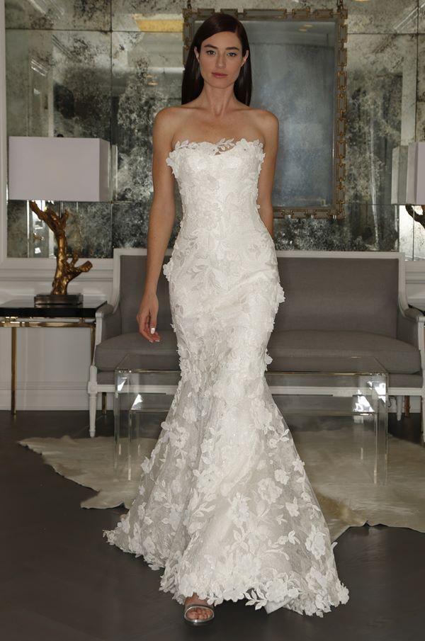 Свадебные платья с вышивкой и аппликациями 2015-2016 Romona Keveza