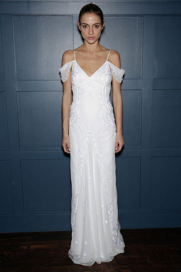 Свадебные платья с вышивкой и аппликациями 2015-2016 Temperley