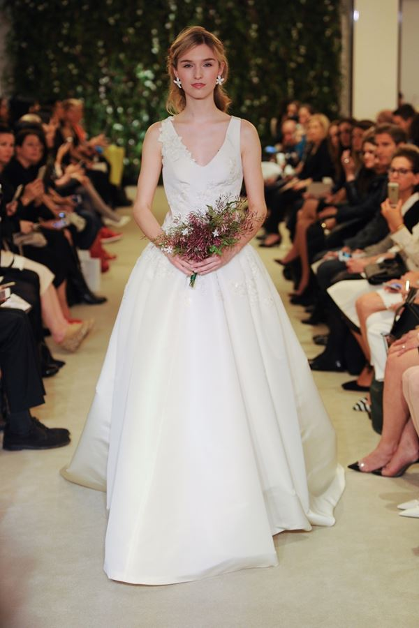Шелковые свадебные платья 2015-2016 Carolina Herrera