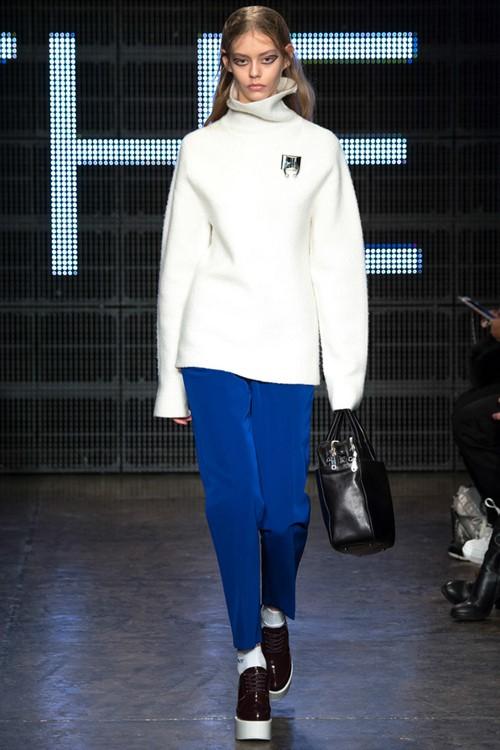 Свитера oversize осень-зима 2015-2016 DKNY