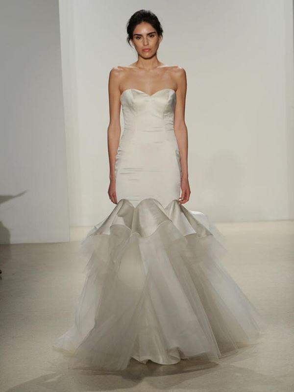 Свадебные платья с тюлевой юбкой 2015-2016 Kelly Faetanini