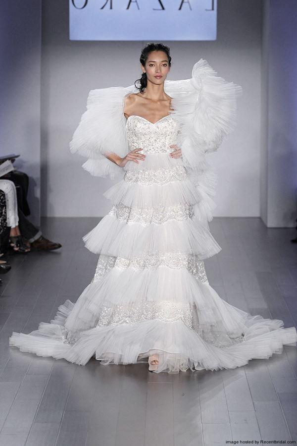 Свадебные платья с воланами 2015-2016 Lazaro