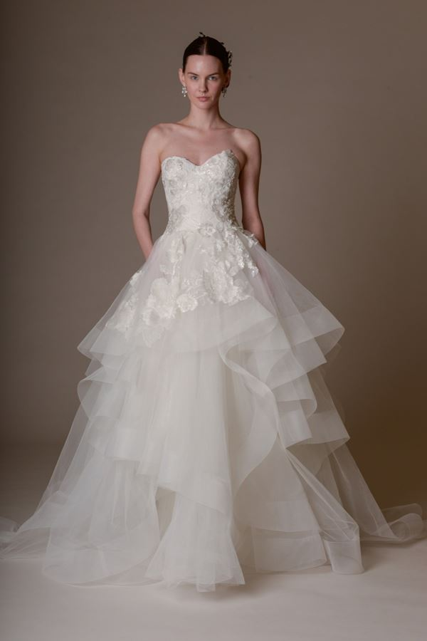 Свадебные платья с воланами 2015-2016 Marchesa