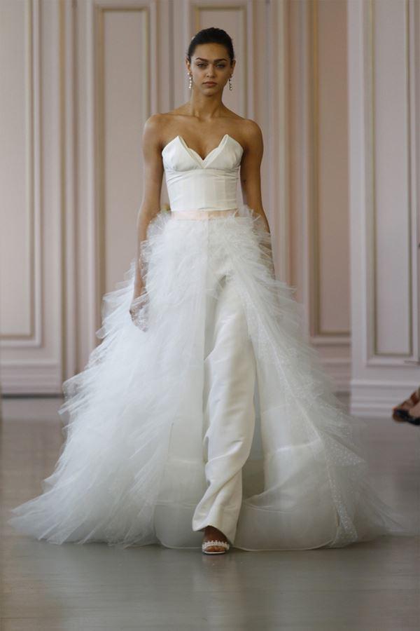 Свадебные платья с тюлевой юбкой 2015-2016 Oscar de la Renta