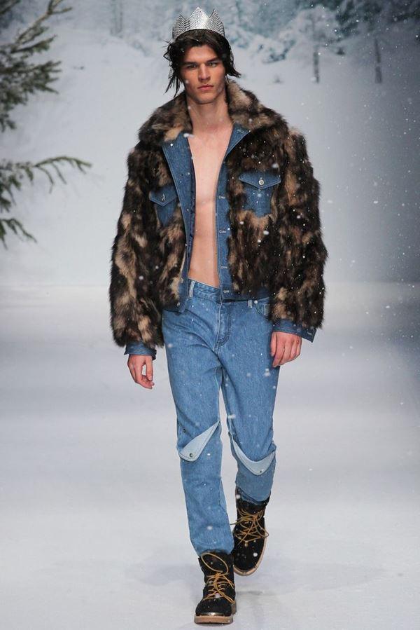 Мужские джинсы осень-зима 2015-2016 Moschino
