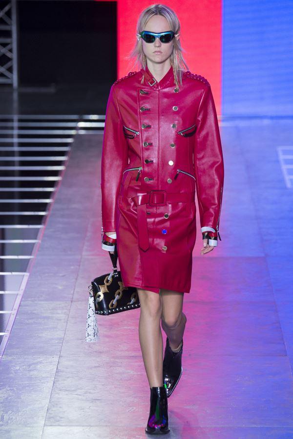 Кожаный плащ весна-лето 2016 Louis Vuitton
