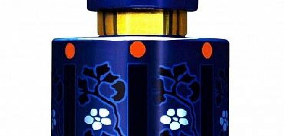 Цветочные ароматы: букет в хрустальном флаконе