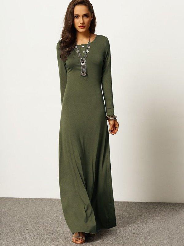 трикотажное платье-макси, длинный рукав, металлическая бижутерия