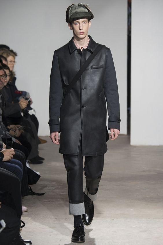 Junya Watanabe черное кожаное пальто на пуговицах