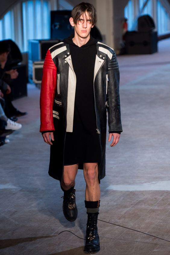Maison Margiela черное кожаное пальто на молнии с красным рукавом