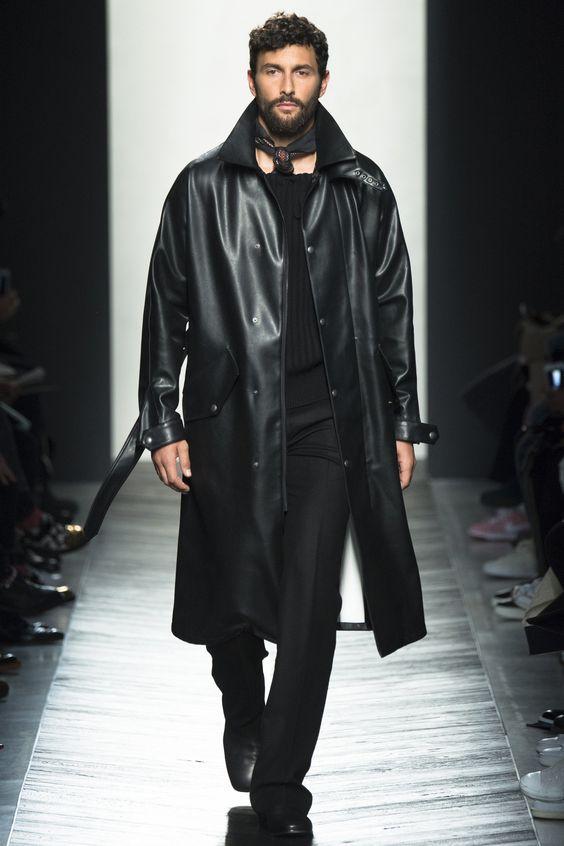 Bottega Veneta черный кожаный плащ на пуговицах