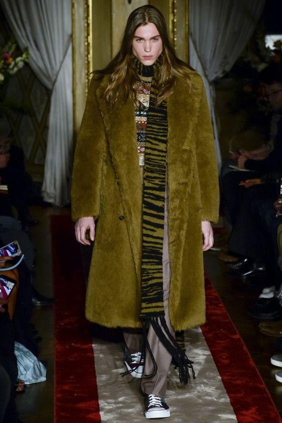 Roberto Cavalli длинная зеленая мужская шуба