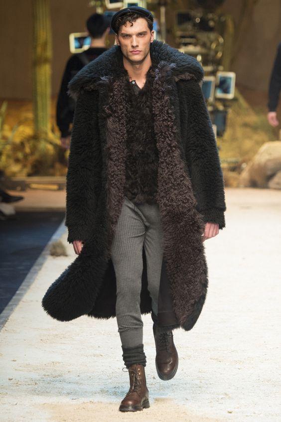 Dolce&Gabbana черная искусственная шуба