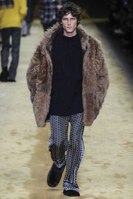 Fendi коричневая куртка из искусственного меха
