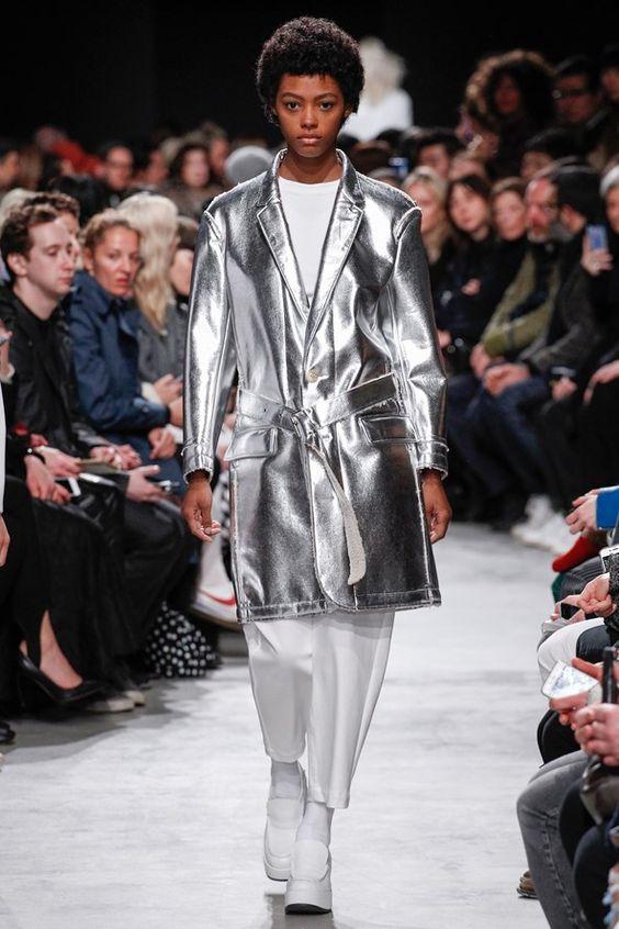 пальто серебристый металлик Julien David