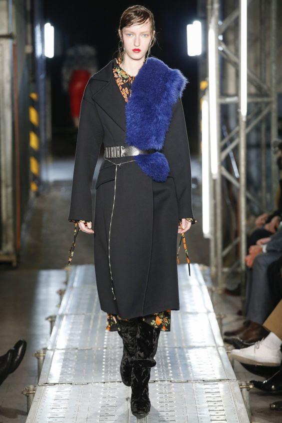 черное пальто халат MSGM