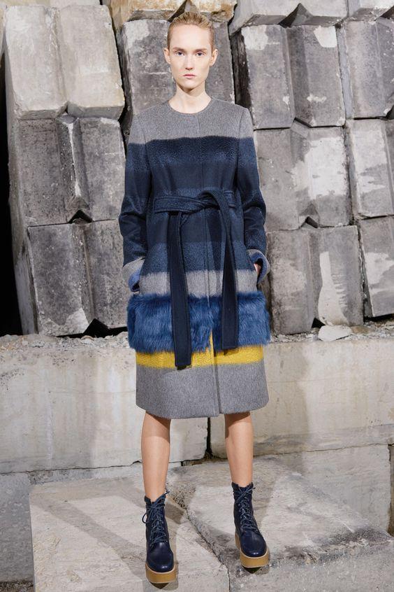 пальто с запахом с меховой отделкой Gabriela Hearst