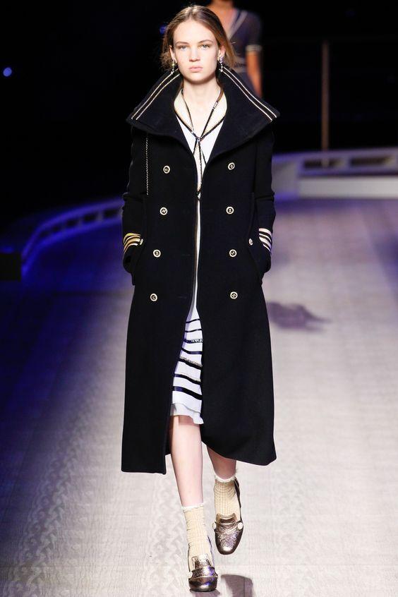 Tommy Hilfiger пальто в офицерском стиле