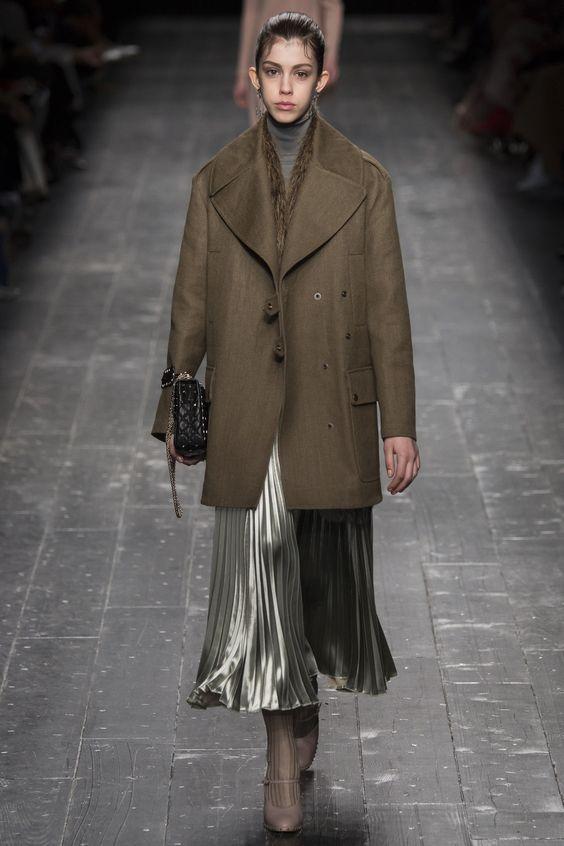 Valentino пальто хаки прямого кроя
