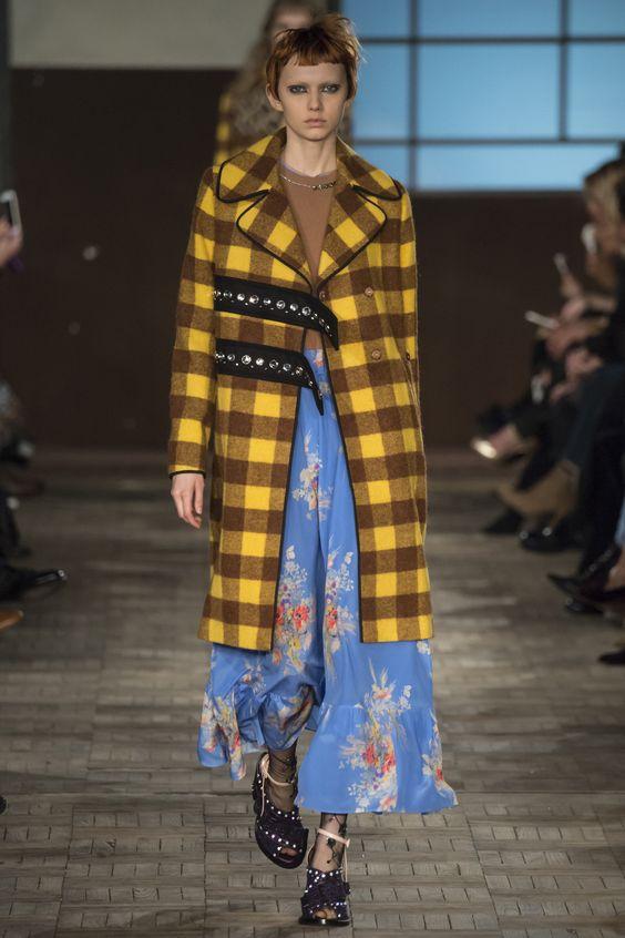 No.21  желто-коричневое клетчатое пальто