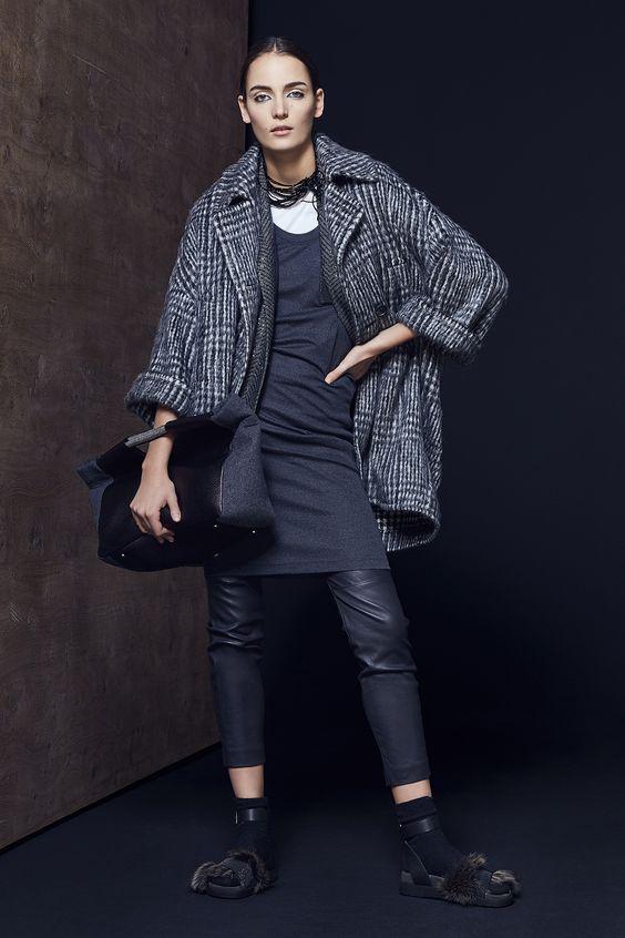 Brunello Cucinelli серое клетчатое пальто