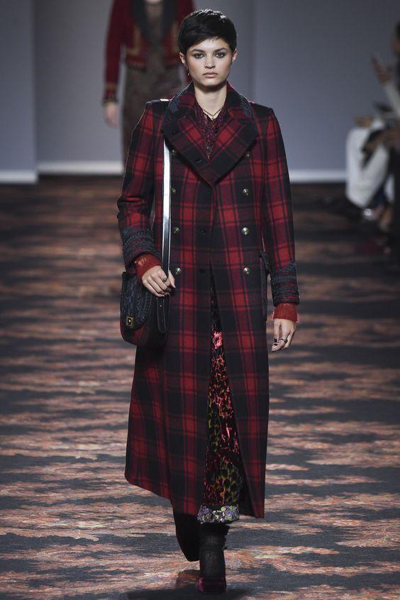 Etro  длинное красно-черное пальто тартан