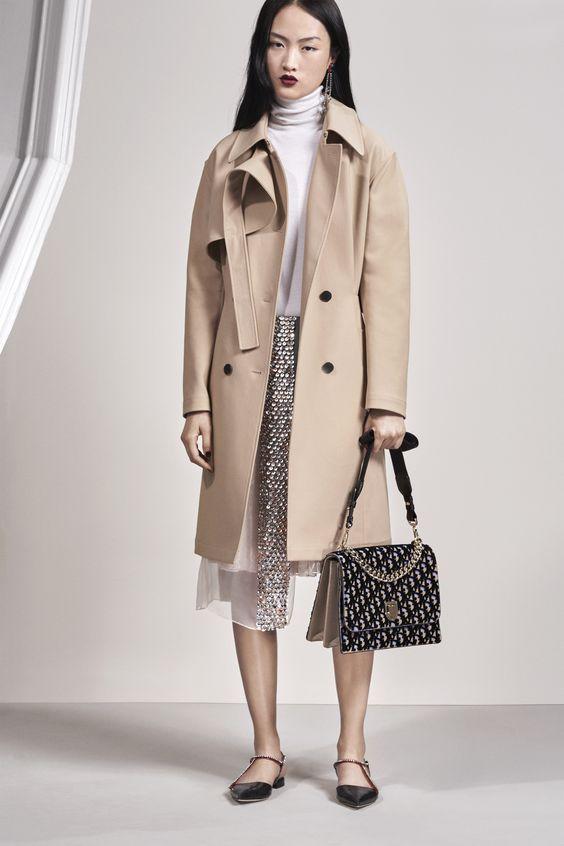 Christian Dior бежевый тренчкот