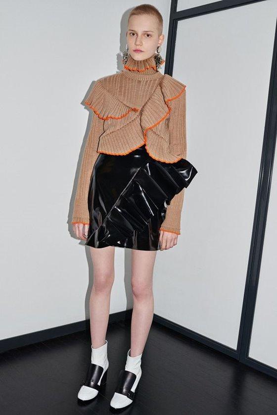 Кожаные юбки осень-зима 2016-2017  (23)