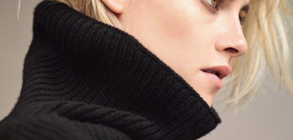 Кристен Стюарт в черном трикотаже в фотосессии для T Magazine