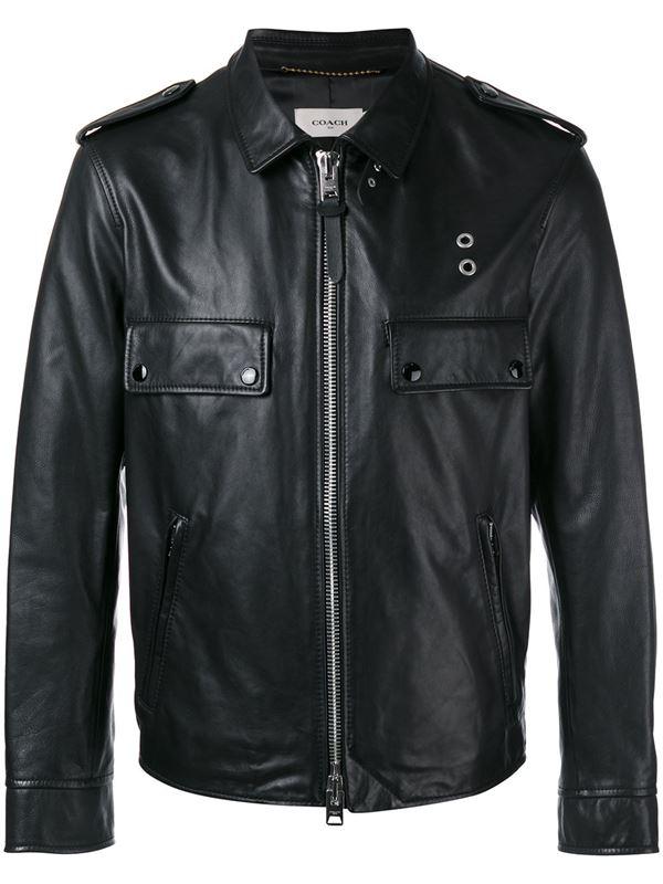 черная мужская кожаная куртка с карманами