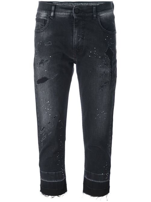 короткие черные джинсы бойфренды