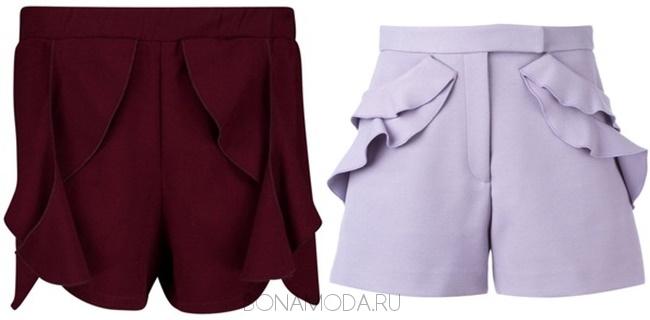 бордовые и сиреневые шорты с воланами