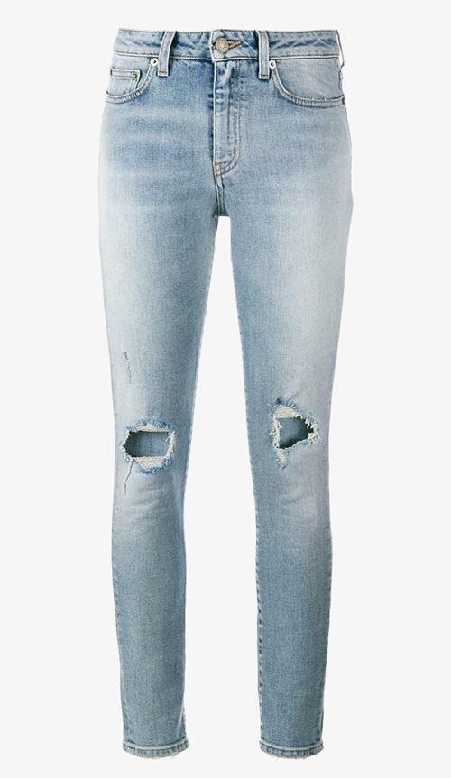 рваные джинсы скинни с дырками на коленях