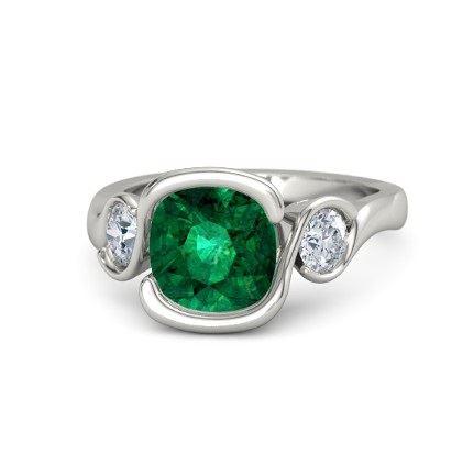 платиновое помолвочное кольцо с изумрудом и бриллиантами