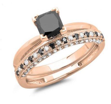 помолвочное кольцо из розового золота с черным бриллиантом