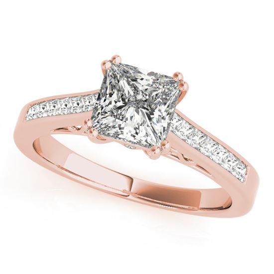 помолвочное кольцо из розового золота с бриллиантом