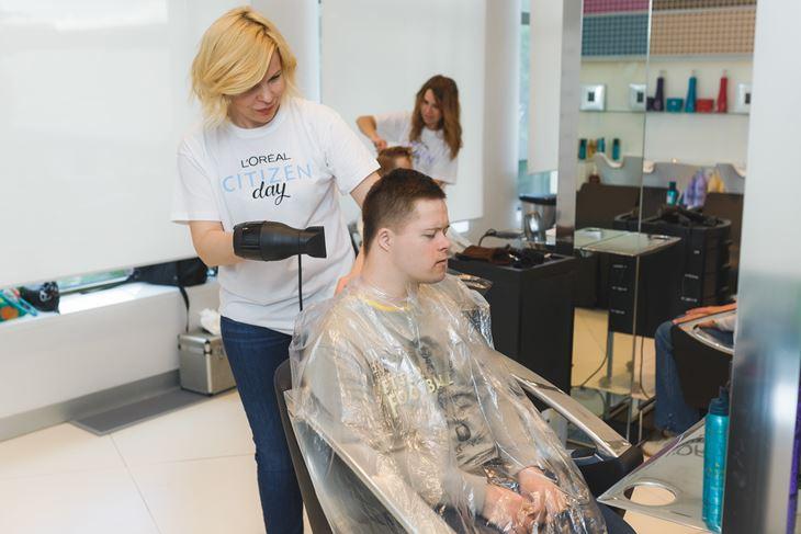 День Социальной Ответственности L'Oréal - День красоты в салонах