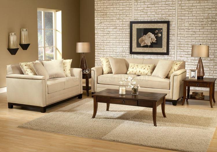 Бежевый диван в интерьере: светлые двухместные с подушками