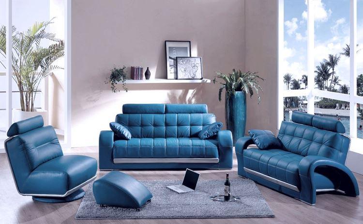 Голубой диван в интерьере: Кожаные диваны и кресла в гостиной в сиренево-лиловых оттенках