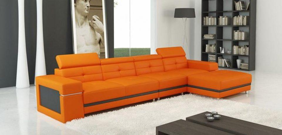 Оранжевый диван в интерьере: яркий солнечный дизайн