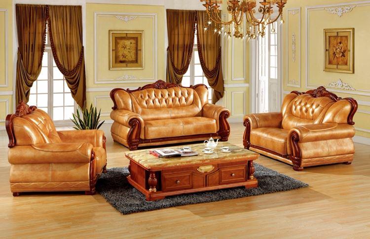 Оранжевый диван в интерьере: гостиная с кожаной мебелью в стиле барокко