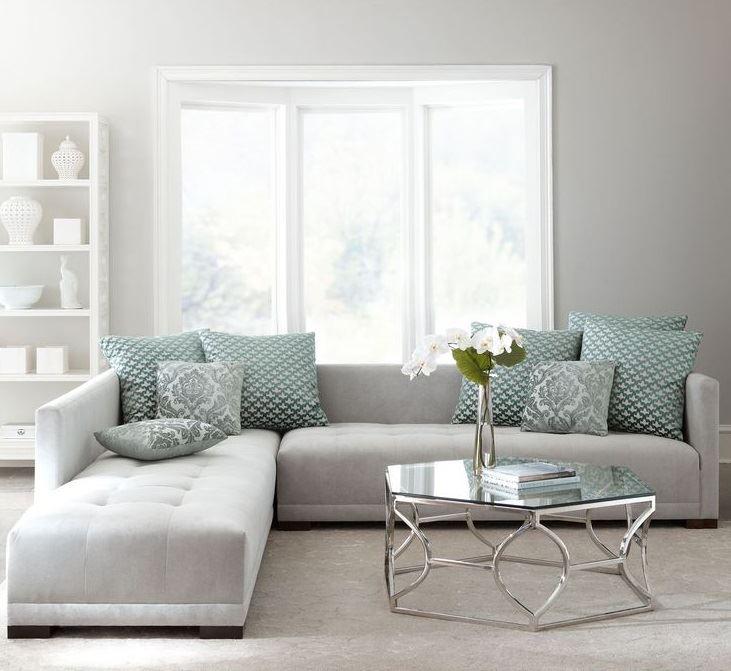 серый диван в интерьере стильный минимализм для гостиной Bonamoda