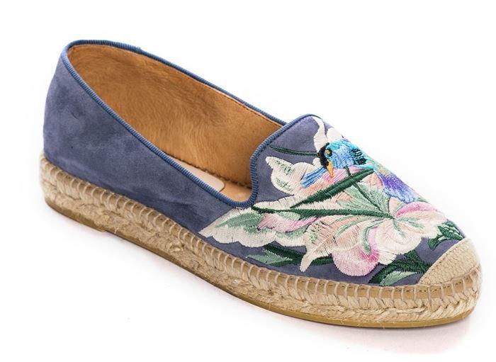 Deri&Mod на лето 2017: замшевые эспадрильи с цветочной вышивкой