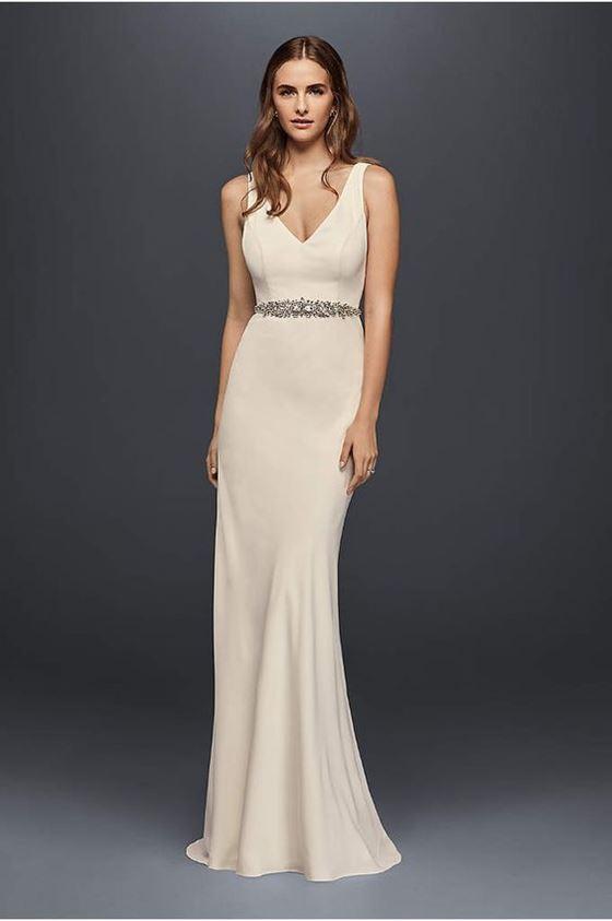 Греческие свадебные платья 2017-2018: молочный оттенок и облегающий силуэт